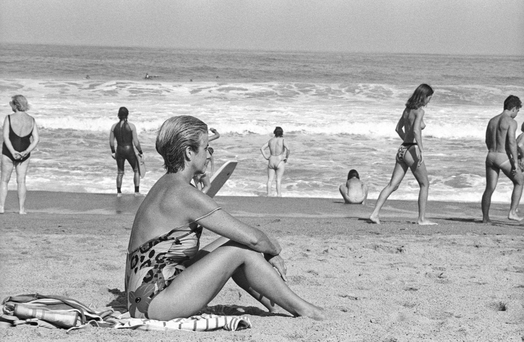 MichelAycaguer-Biarritz-GrandePlage-1988-PointFixe-Leica-1