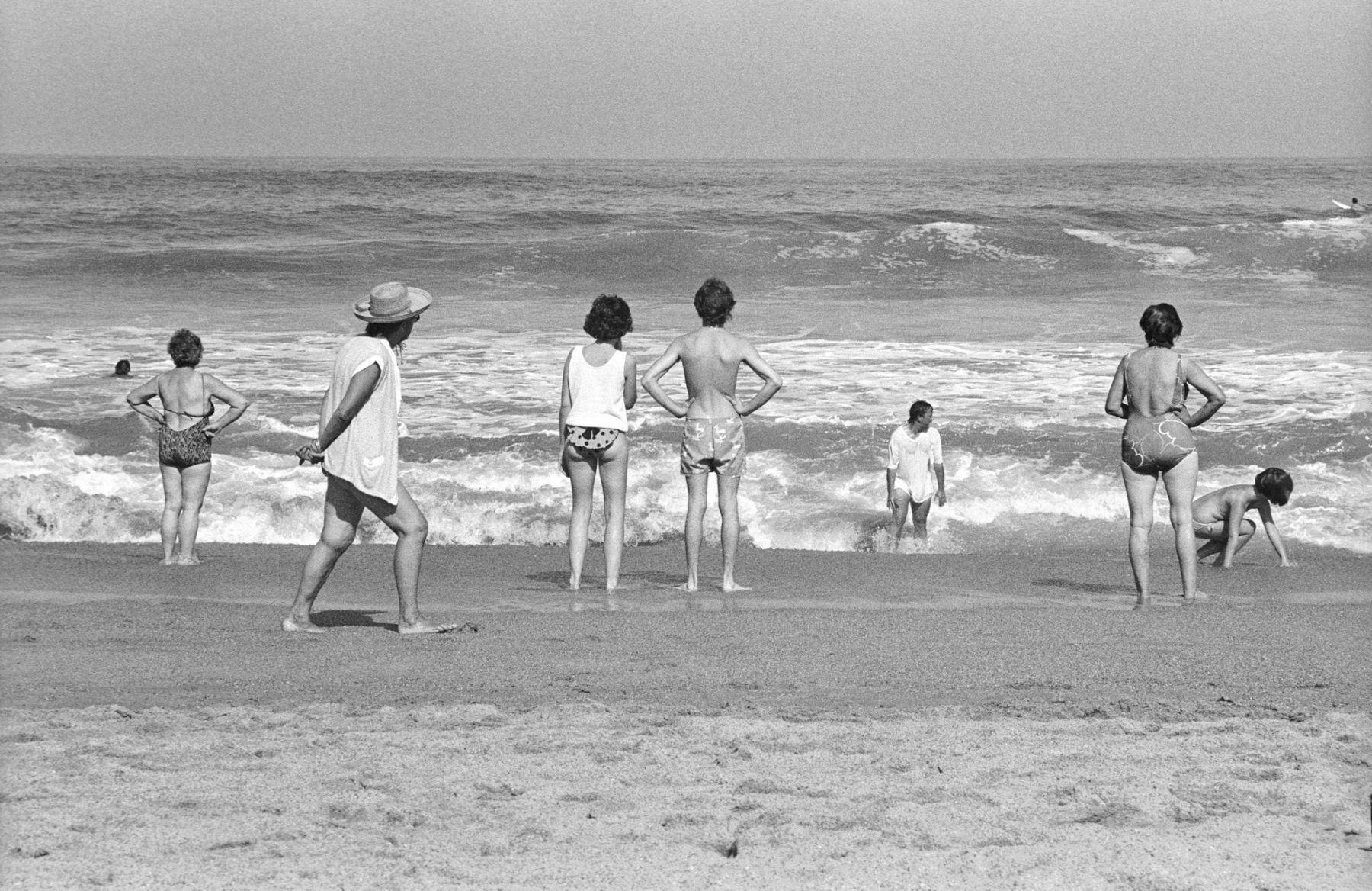 MichelAycaguer-Biarritz-GrandePlage-1988-PointFixe-Leica-2