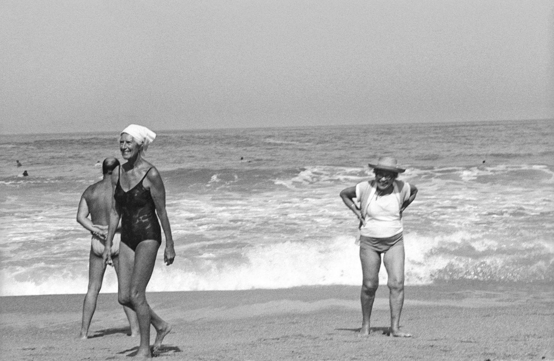 MichelAycaguer-Biarritz-GrandePlage-1988-PointFixe-Leica-22