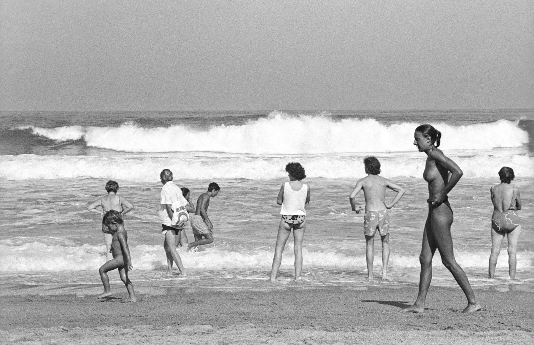 MichelAycaguer-Biarritz-GrandePlage-1988-PointFixe-Leica-5