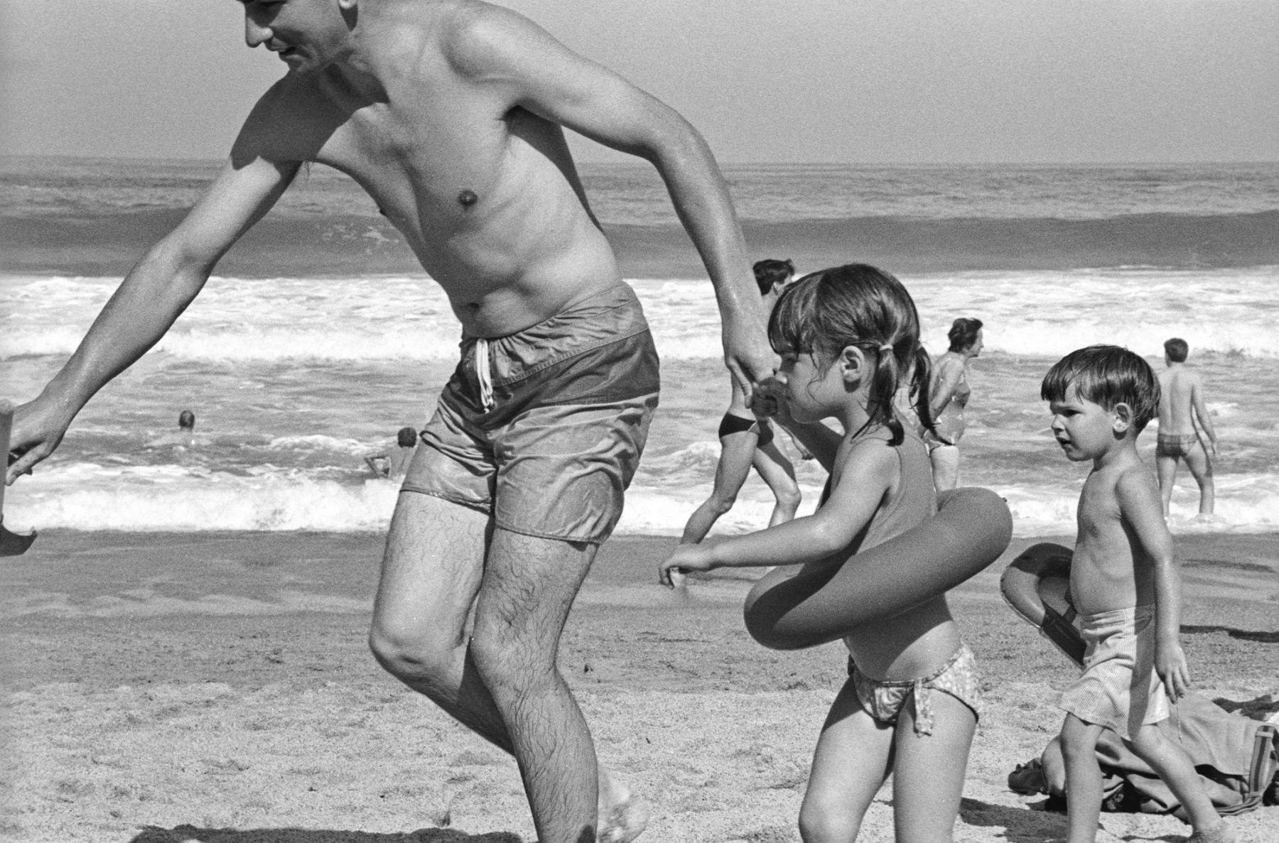MichelAycaguer-Biarritz-GrandePlage-1988-PointFixe-Leica-9