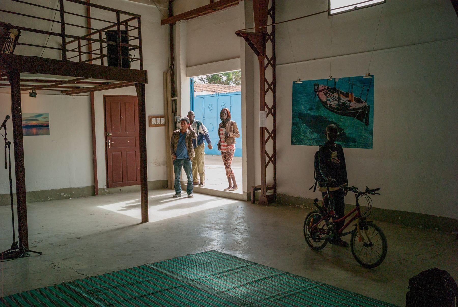 MichelAycaguer-Expo-InstitutCulturelFrancais-SaintLouis-Senegal-2