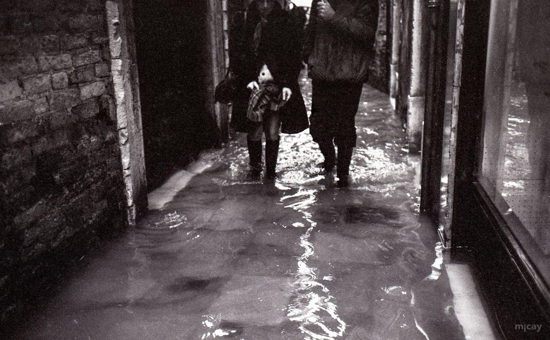 MichelAycaguer-Venise-AquaAlta-Noel-1981-15