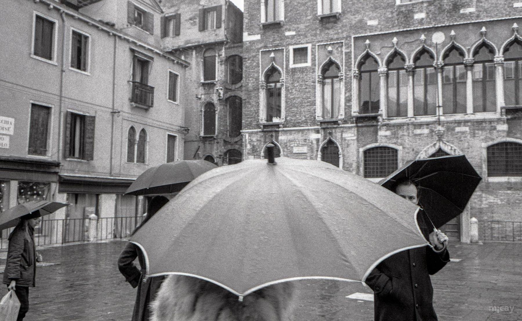 MichelAycaguer-Venise-AquaAlta-Noel-1981-30