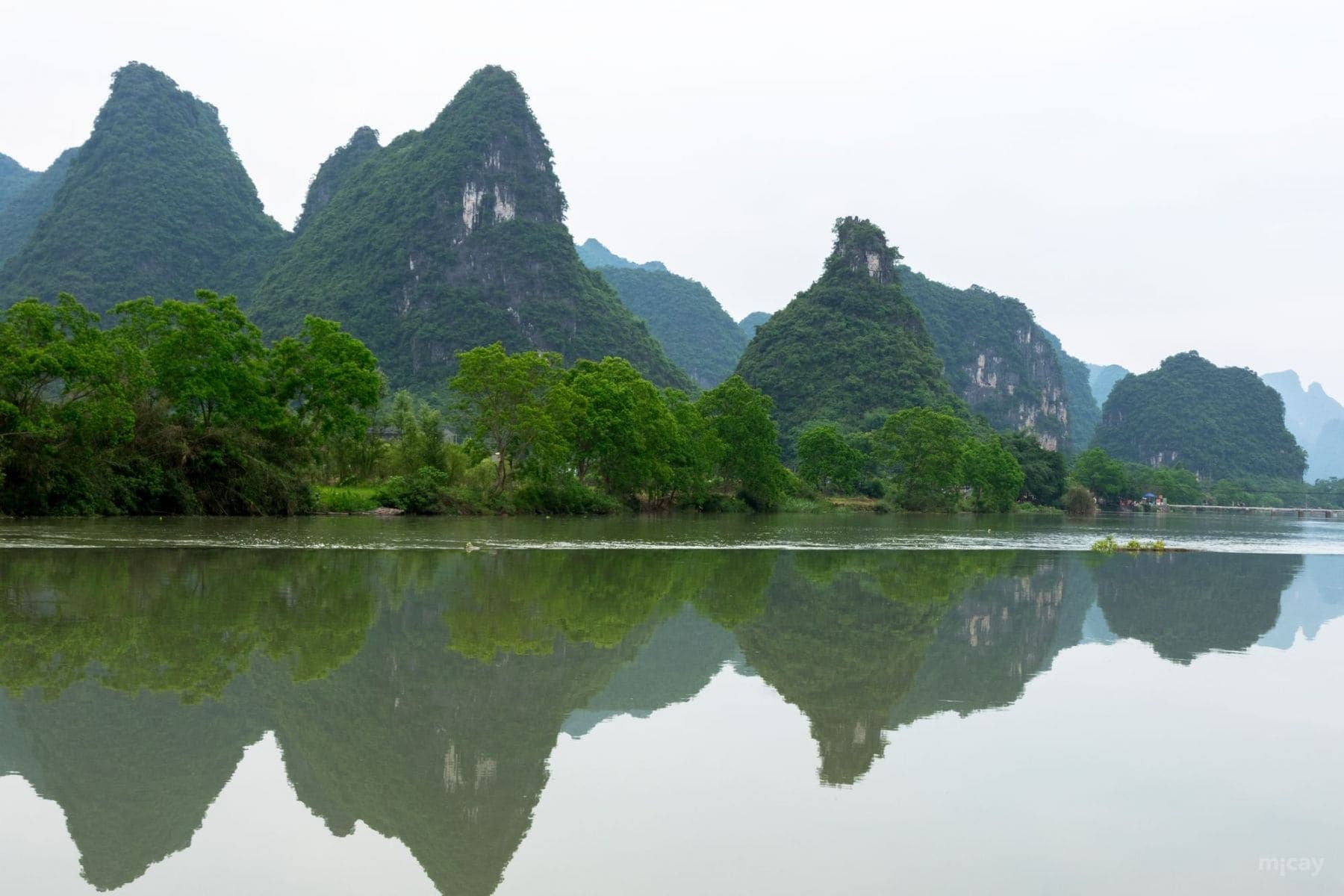 MichelAycaguer-YulongRiver-Chine-56