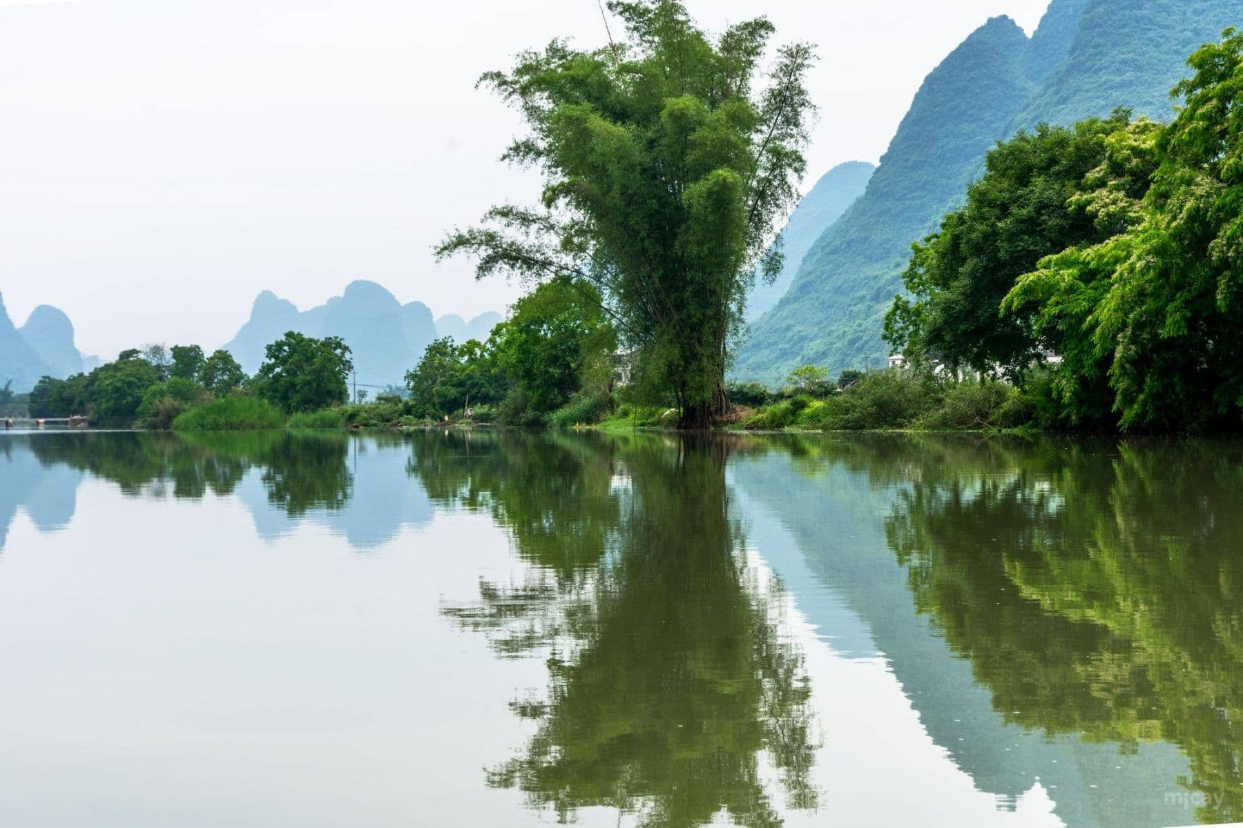 MichelAycaguer-YulongRiver-Chine-9